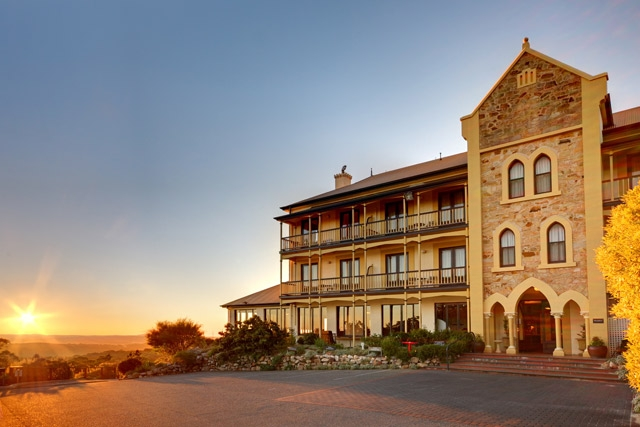 ipic360.com listing search / Grand Mercure Mt Lofty House